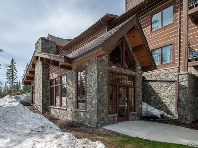 Photo for 3 Bedroom 2 Bath Condo Ski-in-Ski-out with heated underground parking