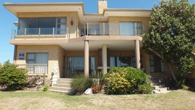 Photo for Self-catering apartments, 5 min. walk from beach. Sea, lagoon and mountain view.