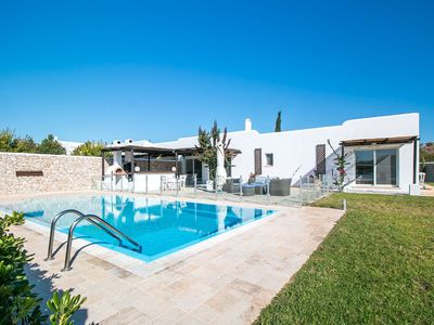 Photo for Beautiful traditional style villa near the coast with pool, close to golf course