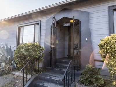 Photo for Charming three bedroom just seconds from Fruitvale Village and BART Station.