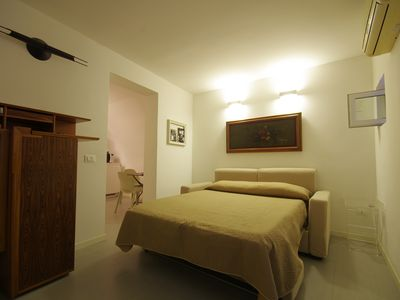 Photo for Lovely flat in the center of Palermo