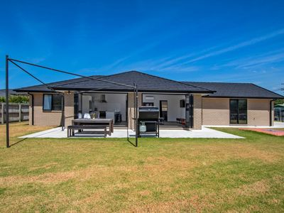 Photo for To The Point - One Tree Point Holiday Home