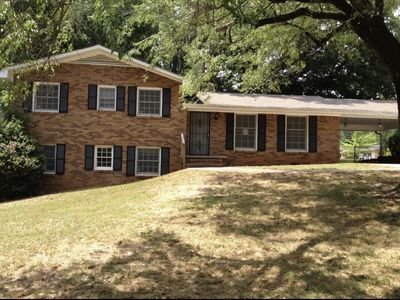 Photo for SPACIOUS 5BR/3BATH HOME ALL SIZE BEDS(KING,QUEEN AND TWINS) 14 M FROM STADIUM