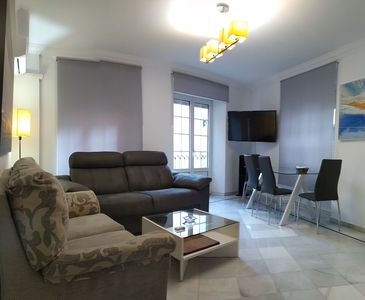 Photo for CENTRAL GRANADA PARKING APARTMENT CLOSED FREE.