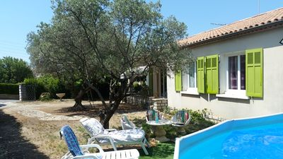 Photo for PROVENCE, villa 6 people with private pool in VALENSOLE