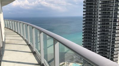 Photo for Hyde 2 bedroom apartment with ocean view
