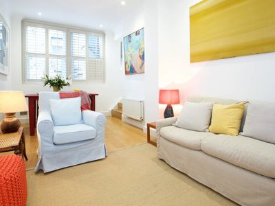Photo for Vintage and bright 2 bedroom flat near Chelsea