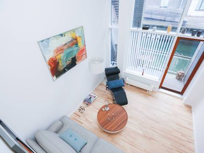 Photo for Beautiful one-bedroom apartment right at the canal