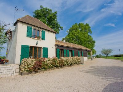 Photo for A well appointed self-catering holiday home in rural Lot-et-Garonne