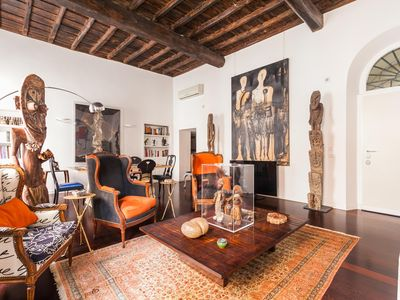 Photo for Via Delle Tre Cannelle - luxury 3 bedrooms serviced apartment - Travel Keys