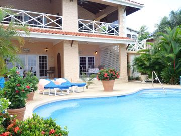 Mot Beachfront Apt Direct Beach Access With Stunning View To The Sunsets
