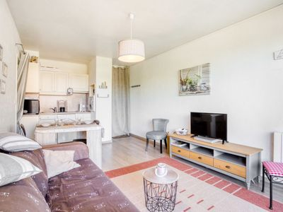 Photo for Apartment Les Marines in Villers sur mer - 4 persons, 1 bedrooms