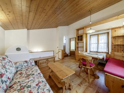 Photo for In a quiet and panoramic position, apartment in typical mountain style