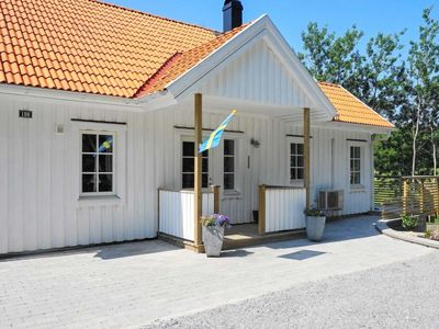 Photo for Vacation home Tjörn/Klövedal in Klövedal - 6 persons, 4 bedrooms