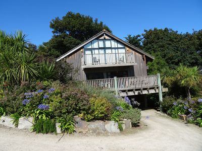 Photo for Luxury Lodge St Ives Cornwall Sleeps 8  Minutes Walk to  Beach Hotel Facilities