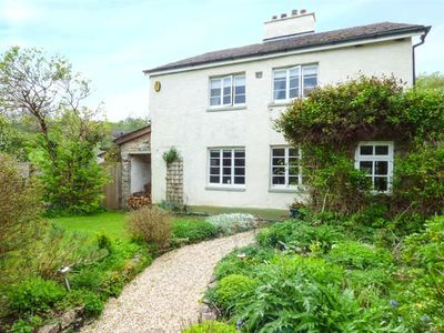 Photo for THE LATCHES, family friendly, with open fire in Torbryan, Ref 935512