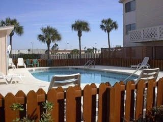 Photo for Beach House, for families, spacious, quiet, near Pier Park, age restrictions