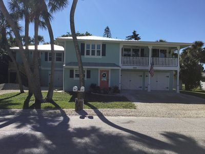 Palm Perch... Newly renovated unit close to beach, shopping & restaurants