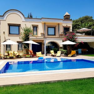Photo for Villa Albetame - Private Villa with pool