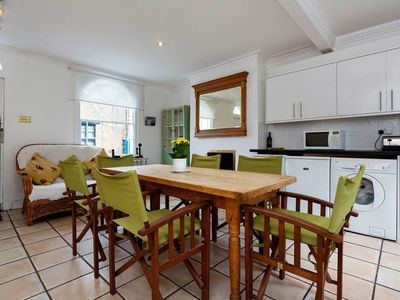 Photo for 4 bed home in the heart of Camden Town. Reach King's Cross in 10 mins (Veeve)