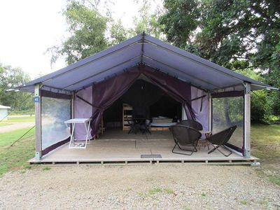Photo for Camping Domaine de Mesqueau *** - Bungalow Toilé Freeflower 3 Rooms 4/5 People