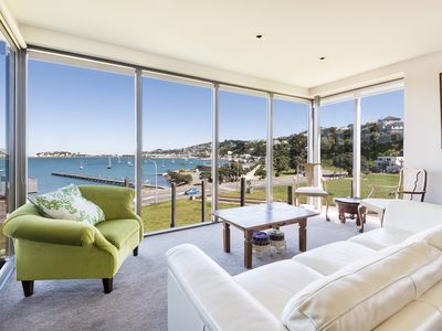 Photo for Stay in Wellington - Waterview - 2 bed, 2 bath, 2 decks, 163m2 luxury apartment
