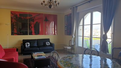 Photo for Beautiful bourgeois 3 bedroom apartment