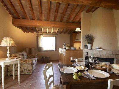 Photo for Luxury 2 bedroom Tuscan Villa
