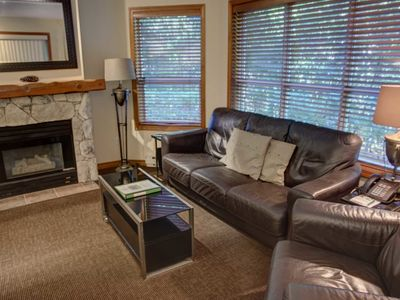 Photo for Prime Ski-in Ski-out Location! Pool, Hot tubs, BBQ, sleeps 7 (127)