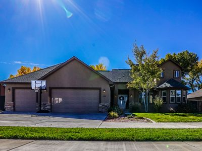 Photo for Beautiful Newer Upscale Home Centrally Located In Fruita