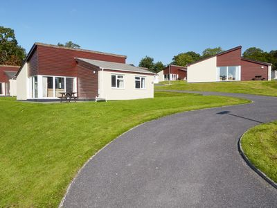 Photo for 3 bedroom accommodation in Chudleigh, near Newton Abbot