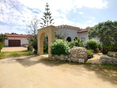 Photo for Comfortable villa in Torre Suda about 150 meters from the sea.