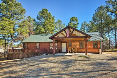You'll be minutes from Broken Bow Lake during your stay.