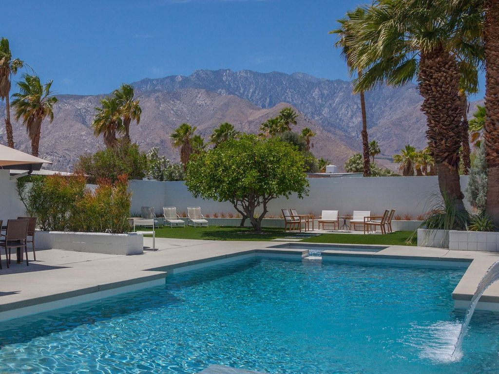 The Aperture  3 BR  2 BA House in Palm Springs  Sleeps 6. The Aperture  3 BR  2 BA House in Palm Springs       HomeAway