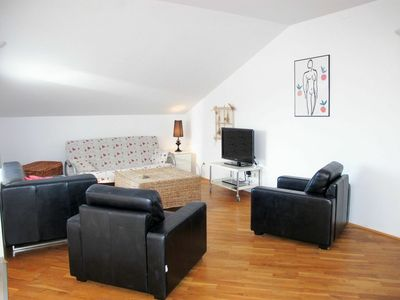 Photo for Beautiful apartment for 7 guests with A/C, WIFI, TV, balcony and parking