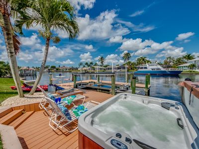 Photo for SUNSETS, Hot Tub, Big Water views & Gulf Access Boating!