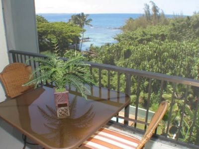 Photo for Ocean view condo with private lanai, shared pool- full kitchen!