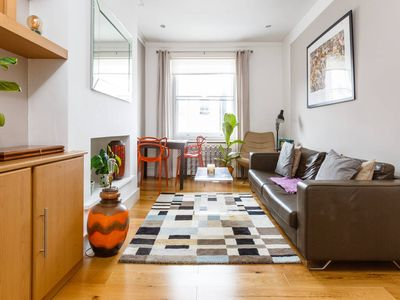Photo for Spacious 1 bed in the Heart of Notting Hill