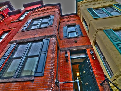 Photo for Hot Spot 4 Blocks To US Capitol, Large 3br Sleeps up to 9