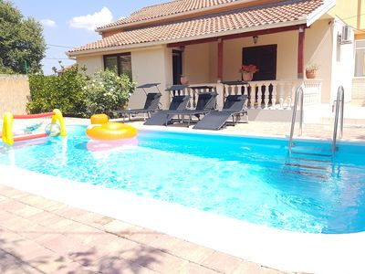 Photo for Nice holiday home with private pool, roofed terrace, 8km from the nearest beach