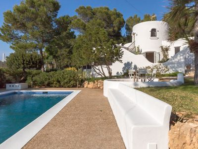 Photo for Lovely family house with private pool, sea views and sunset.