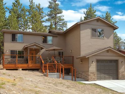 Photo for Mountain Gem - 3BR/3BA/Hot Tub/Pool Table/Foosball Table/WiFi/Walk to Village and Lake