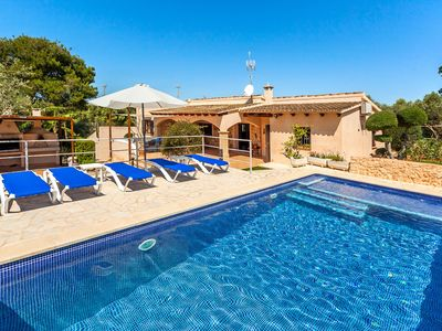 Photo for Family-friendly villa with garden and pool – Villa Sa Caseta