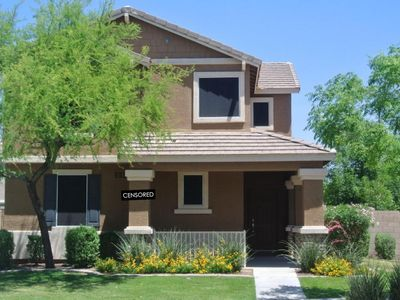 Photo for Centrally Located South Mtn. Home  w/ resort style amenities (7min from DTPHX!)