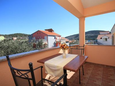 Photo for Studio flat with terrace and sea view Vinišće (Trogir) (AS-8660-a)