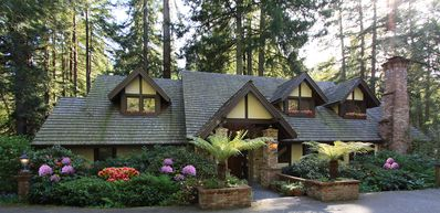Photo for Magical Retreat framed by Giant Redwoods in Sonoma Wine Country Hamlet