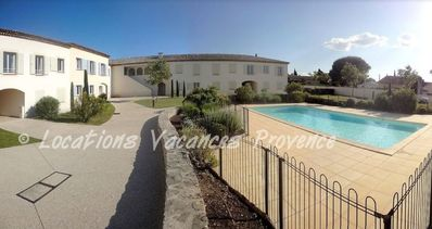 Photo for Apartment with pool 10 minutes walk from the city center