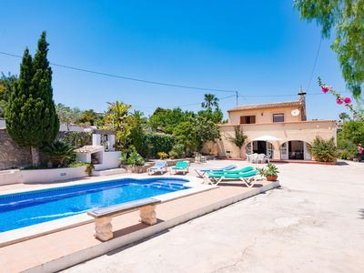 Photo for Paratella Villa, Sleeps 6 with Pool