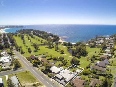 Photo for Play Golf on Golf  1 Bedroom Apartment in Mollymook