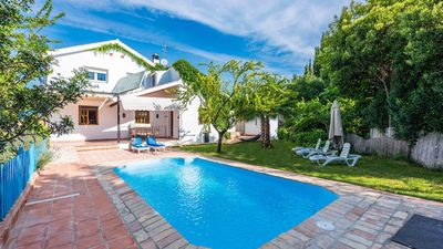 Photo for Nice holiday villa spacious garden and rustic decoration